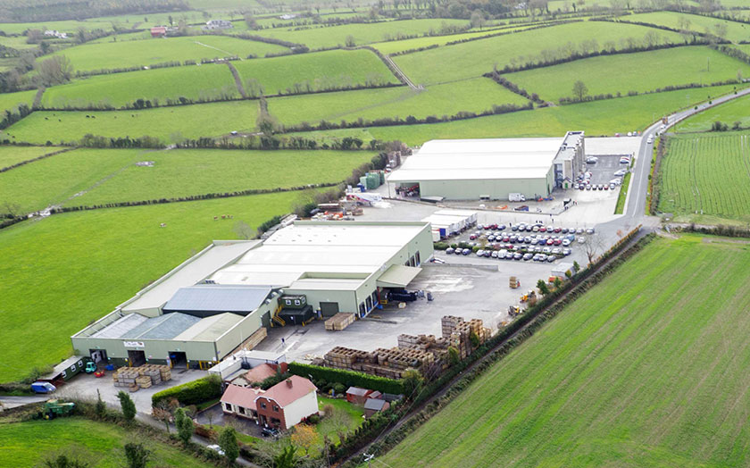 150,000 sq.ft. of production space, 500,000 sq.ft. of loading/distribution space, numerous chilled cold stores & production lines.