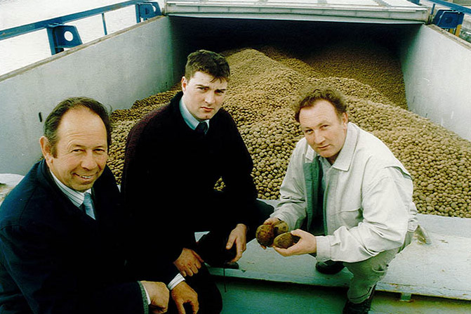 Meade Potato Company sends off the first ever boatload of Irish potatoes exported to Northern Europe.