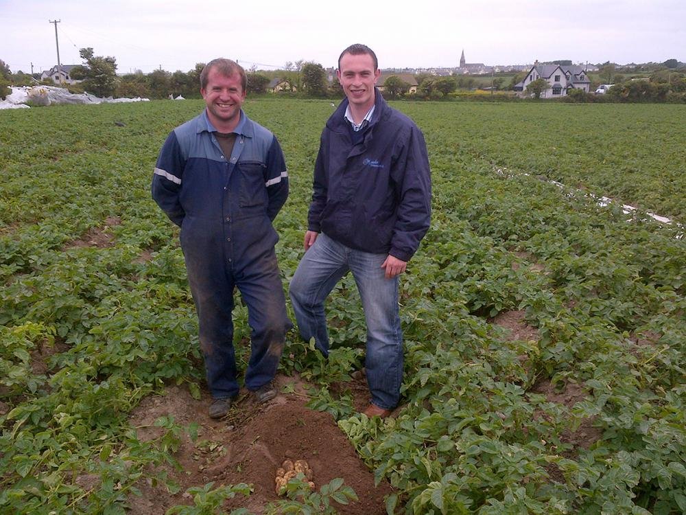 Philip Jr. meets with our early potato growers off the coast of Wexford