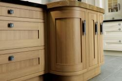 Iona-Inframe-Light-Oak--quad-doors-island