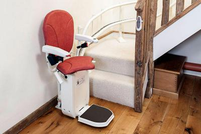 Platinum Curve Stairlift (€660.15 VAT Redeemable)